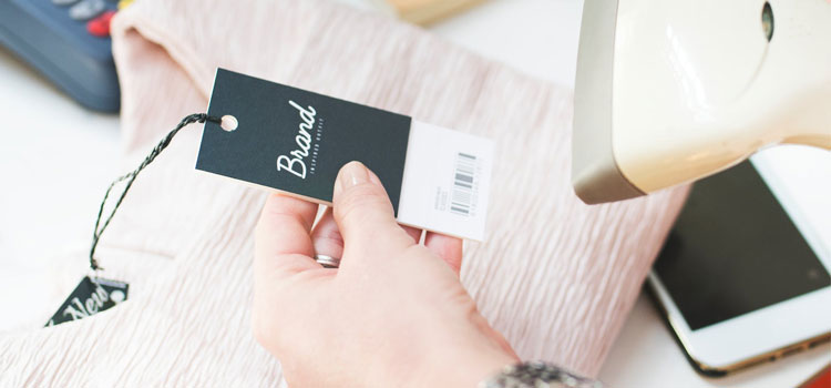 Private Label vs. White Label: How to Succeed Reselling Products
