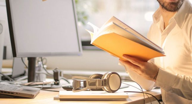 20 Best Small Business Books to Help Expand Your Skill Sets